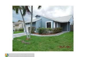 930 SW 111th Ave, Pembroke Pines, FL 33025