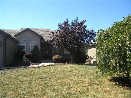 belton mature singles Browse belton mo real estate listings to find homes  and single family homes for  mature trees, full unfinished walk up, 2 patios = great for entertaining .