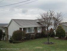 620 Washington Ave, Olyphant, PA 18447