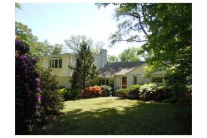 354 Brush Hill Rd, Milton, MA 02186