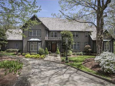 4 Woodhill Dr, Lookout Mountain, TN