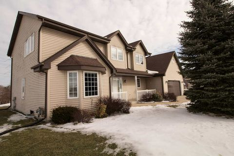 S79 W16588 Green Ct, Muskego, WI 53150