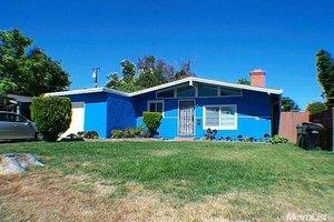 5821 Garibaldi St, Sacramento, CA 95824