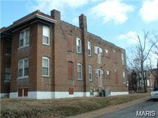 934 Maple Pl, Saint Louis, MO 63112