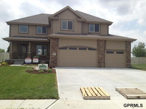 Photo of 8145 Swallowtail St, Papillion, NE 68046