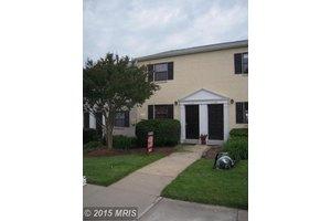 11142 Rock Garden Dr, Fairfax, VA 22030