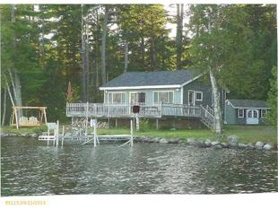 68 Salmon Dr, Lake View Plt, ME 04414