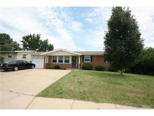 11012 Old Halls Ferry Rd, St Louis, MO 63136
