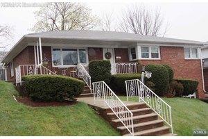 60 Highland Ave, Garfield, NJ 07026
