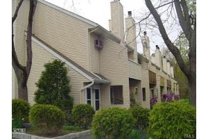 8 Rose Ln # 10-12, Danbury, CT 06811