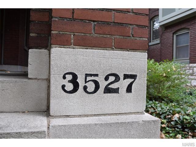 3527 Crittenden St Saint Louis MO 63118 - realtorcom