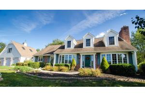 83 Deer Path Dr, Berwick, PA 18603