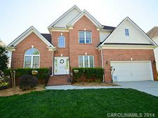 8809 Red Mayne Ct, Waxhaw, NC 28173