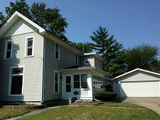 236 S Grove St, Bowling Green, OH 43402