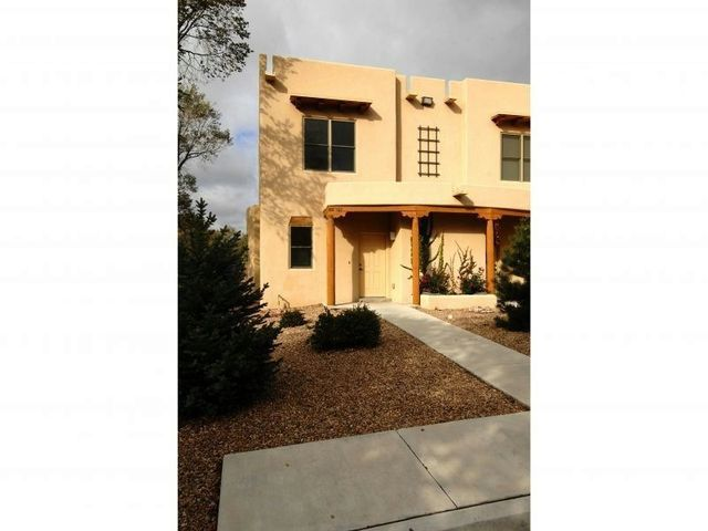 601 W San Mateo Rd Apt 187, Santa Fe, NM