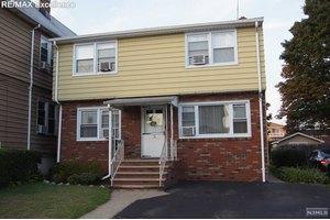 25 Tuttle St, Wallington, NJ 07057