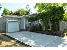 915 North Rd, Belmont, CA 94002