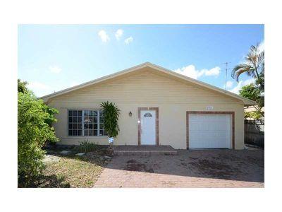 3811 Ne 15th Ave, Pompano Beach, FL