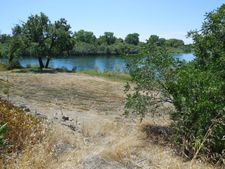 22459 Edgewater Dr, Lake California, CA 96022