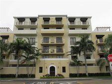 8440 Sw 8th St Apt 303, Miami, FL 33144