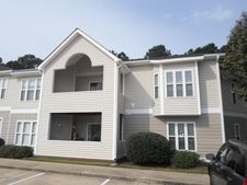 421 Commerce Ave Apt C, Morehead City, NC 28557