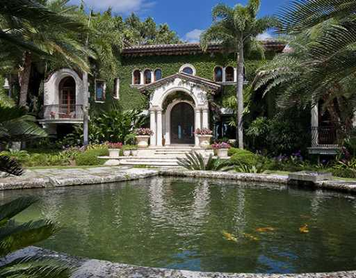 Amazing florida mansion for sale for Luxury mansions for sale in florida