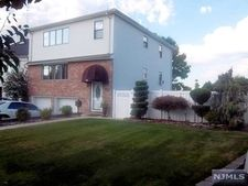 25 Valley Ct, Secaucus, NJ 07094