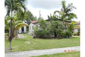 9326 Martinique Dr, Cutler Bay, FL 33189