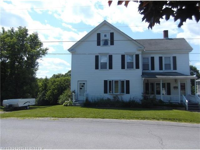 9 maple st dover foxcroft me 04426 home for sale and real estate listing