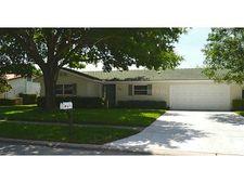 11720 68th Ave, Seminole, FL 33772