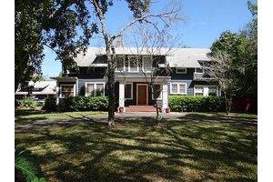 663 Avenue I NW, Winter Haven, FL 33881