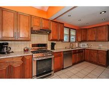 11 Garwood St, South River, NJ 08882