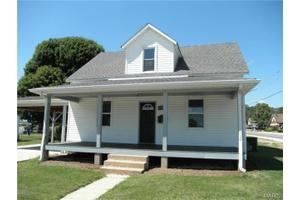221 N Olive St, Pacific, MO 63069