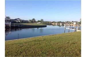 4160 Rose Arbor Cir, Port Charlotte, FL 33948