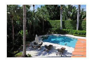 236 Via Las Brisas, Palm Beach, FL