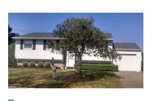 108 Blue Ridge Rd, Voorhees, NJ 08043