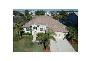 2113 Harbour Watch Dr, Tarpon Springs, FL 34689