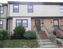 144 Highview Dr, Woodbridge, NJ 07095