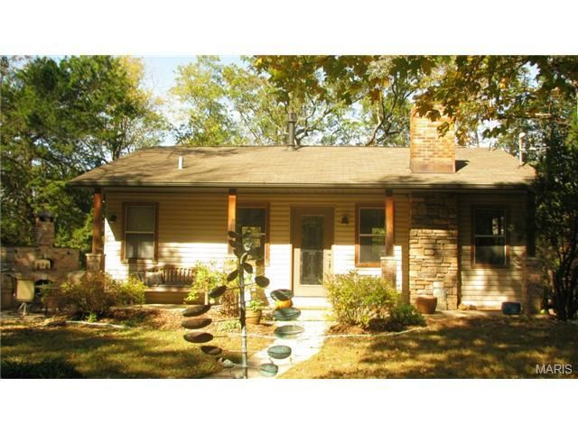 8104 State Road Y Dittmer, MO 63023