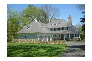 25 Searles Rd, Darien, CT 06820