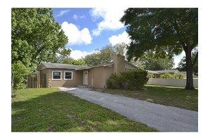 9071 109th Ave, Seminole, FL 33777