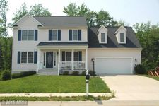 80 Country Manor Dr, Fredericksburg, VA 22406