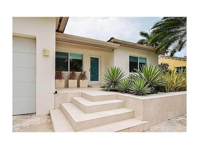 1788 Fairhaven Pl, Coconut Grove, FL 33133 - realtor.com®