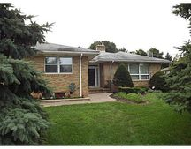 46 Deerfield Rd, Franklin, NJ 08873