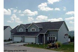 37 Pleasant Ridge Ln, Morgantown, WV 26508