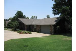 48 Mcgill Cir, Eufaula, OK 74432