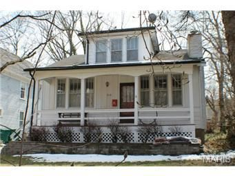 516 Fairview Ave, Webster Groves, MO 63119