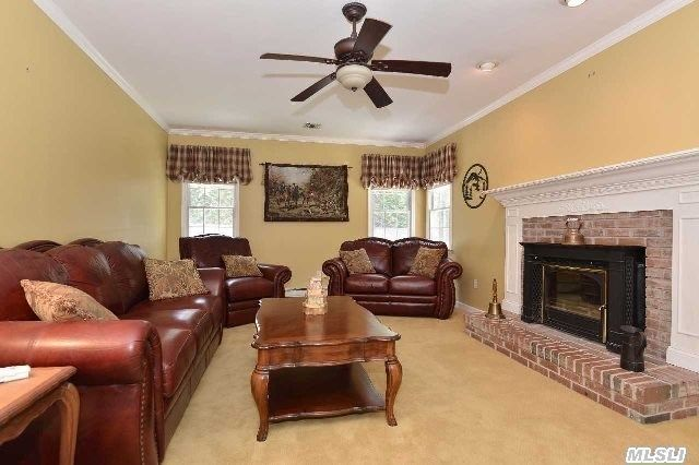 cutchogue senior singles Senior living may also include assisted living communities are for those who want an independent lifestyle but who may need assistance for their individual needs.