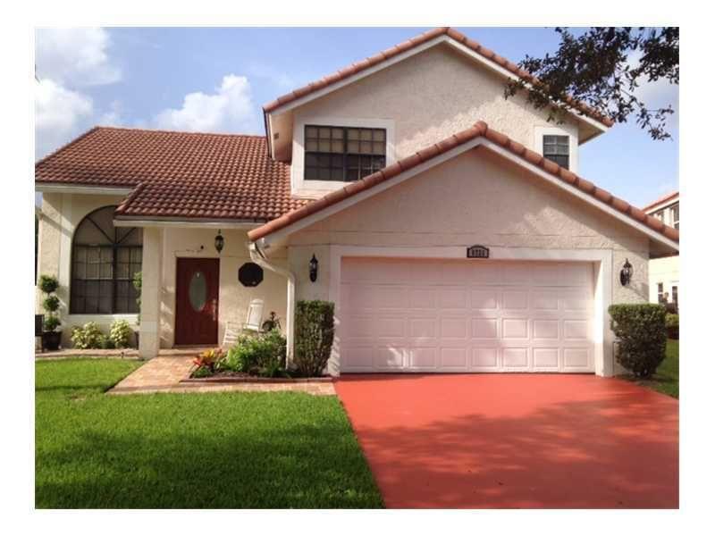 8721 SW 14th St Pembroke Pines, FL 33025