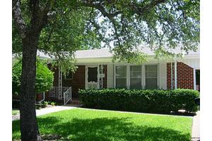5614 Dana Dr, Haltom City, TX 76117